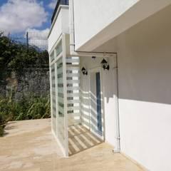 Front doors توسطYapısan Cephe Sist.San.ve Tic.Ltd.Şti., مدرن شیشه