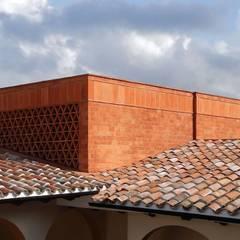 Villas by AGE/Alejandro Gaona Estudio, Rustic Bricks