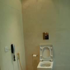 Phòng tắm phong cách thực dân bởi Tanish Dzignz Thực dân