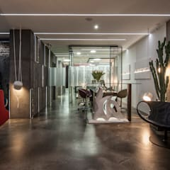Clinics by Marco Innocenzi Architetto, Industrial
