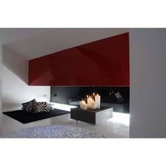 Paredes de estilo  por Marco Innocenzi Architetto, Minimalista