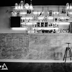 Bars & clubs by Marco Innocenzi Architetto, Industrial