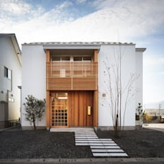 ツジデザイン一級建築士事務所의  목조 주택, 북유럽 금속