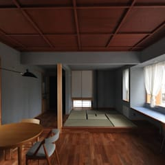 by ツジデザイン一級建築士事務所 Asian لکڑی Wood effect