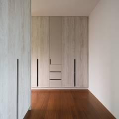 Dressing room by 愛上生活室內設計, Scandinavian