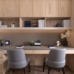 مكتب عمل أو دراسة تنفيذ 存果空間設計有限公司 , حداثي