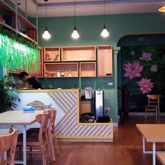 Bookcaffe:  Phòng học/Văn phòng by PGdecor, Hiện đại