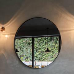 Obra Restaurante Picar es Humano: Bares y Clubs de estilo  por Bhavana,Industrial Hierro/Acero