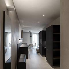 Corridor & hallway by beatrice pierallini, Mediterranean