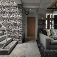 Stairs by 子境室內裝修設計工程有限公司, Industrial
