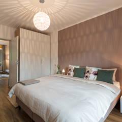LADY LIKE:  Hotels von DEKOART Home Staging,Modern