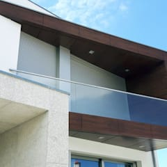 2 casas geminadas_são joão de ver por Emprofeira - empresa de projectos da Feira, Lda. Moderno Vidro