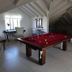 Estudio Dillon Terzaghi Arquitectura - Pilar의  모임 지붕, 지중해 세라믹
