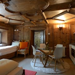 Locanda il Cardinello Rustic style hotels by Harman Jane Rustic Wood Wood effect