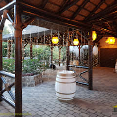 Bars & clubs by PERGOLAS LUXURY , Tropical