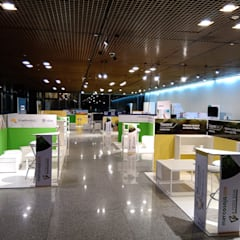 Exhibition centres by Faerman Stands y Asoc S.R.L. - Arquitectos - Rosario, Modern انجینئر لکڑی Transparent