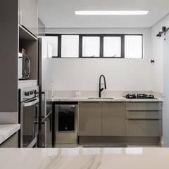 by Estúdio Gris Arquitetura Modern