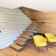 Tangga oleh BEARprogetti - Architetto Enrico Bellotti, Modern