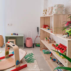 Nursery/kid's room by Francisco Pomares Arquitecto / Architect, Mediterranean