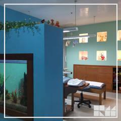 Modern clinics by RM Diseño de interiores Modern