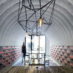 Bean to Bar Chocolatier: Lojas e espaços comerciais  por Studio Toggle Porto, Lda,Moderno
