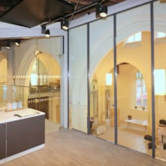 Extensions in glass Modern offices & stores by Ion Glass Modern Glass