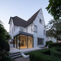 Villas de estilo  por REICHWALDSCHULTZ Hamburg, Clásico