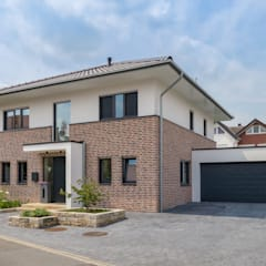 Villas by Splietker Bau GmbH & Co. KG, Classic Bricks