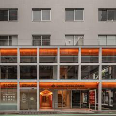 恵比寿銀座クロスビル: PODAが手掛けた医療機関です。,モダン 鉄/鋼
