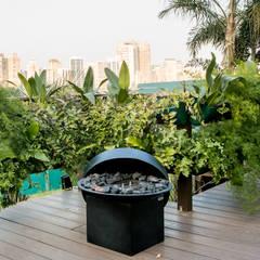 Conservatory by Daniela Sedo Paisagismo, Tropical
