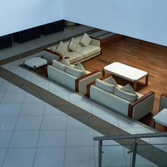Interior:  Hotels by Gautham Ravi Photography,Modern