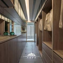 by ISQ 質の木系統家具 Minimalist