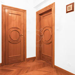 Classic style doors by Roble Classic