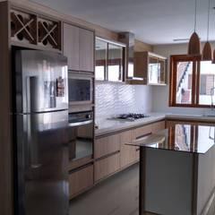 Muebles de cocinas de estilo  por 757 Design Planejados, Moderno Tablero DM
