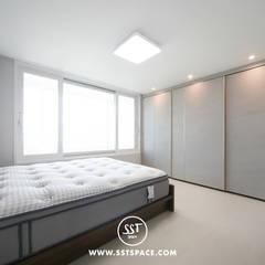 [32PY] 복층이 있는 탑층 아파트 인테리어: 시서태 스페이스의  방,모던