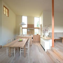 Case Study House #62 北欧デザインの ダイニング の NASU CLUB 北欧 木 木目調