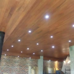 Flat roof by BLAUE MINZE, Colonial Wood Wood effect