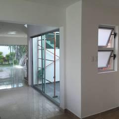 หน้าต่าง โดย GARAY ARQUITECTOS, โมเดิร์น