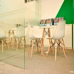 Công trình thiết kế nội thất trung tâm tiếng anh Language Link:  Nhà by SY DESIGN, Hiện đại