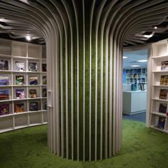 【辦公空間】聖智學習亞洲台灣辦公室:  辦公室&店面 by 亚卡默设计 Akuma Design , 簡約風 合板