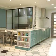 مطبخ ذو قطع مدمجة تنفيذ 匠將室內裝修設計股份有限公司, إسكندينافي