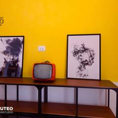 Paredes y pisos de estilo ecléctico de ILAB2.0 Design Studio Ecléctico