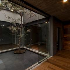 Rock Garden by ARKE DISEÑO Y CONSTRUCCION, Minimalist
