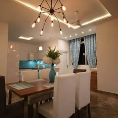 Comedores de estilo moderno de Enrich Interiors & Decors Moderno