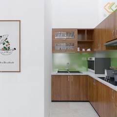 Cocinas pequeñas de estilo  por Công ty TNHH Thiết Kế Xây Dựng Xanh Hoàng Long , Asiático Corcho