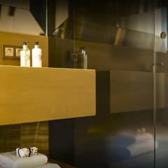 Hotels by DLOFT, Classic Aluminium/Zinc