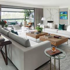 Apartamento Panamby Salas de jantar ecléticas por Alexandre Squassoni Arquitetura e Interiores Eclético