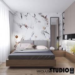 ELEGANCJA PRZY UL. PRASKIEJ Minimalistyczna sypialnia od MIKOŁAJSKAstudio Minimalistyczny