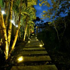 NATURAL PARADISE HOTEL BOUTIQUE : Hoteles de estilo  por C&P ARQUITECTURA, DISEÑO Y CONSTRUCCION S.A.S, Moderno