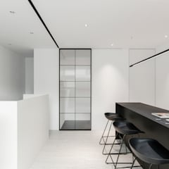 Offices & stores by 里約設計, Minimalist